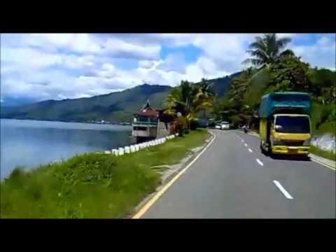 Tepian Danau Singkarak SumBar arah dari Solok ke Bukittinggi.