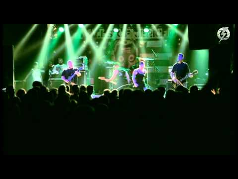 Walls of Jericho - All Hail the Dead/And Hope to Die LIVE