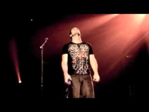 Skillet - Angels Fall Down (Live)