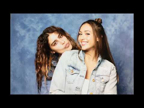 Lindsey Morgan - Gayest moments (mostly with Nadia Hilker)