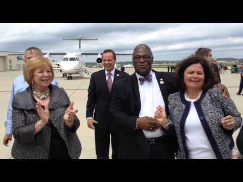 Mayor Sly James Dances With RNC Site Selection Committee Members