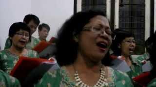 Lagu Penutup Misa malam Paska 2015 Gereja Katolik St. Jusup Pati