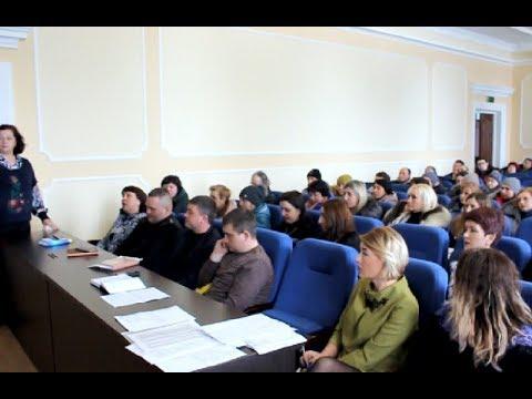 mistotvpoltava: Гадяч – працівники ТОВ «Гадячсир» досі блокують підприємство