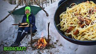 ЭТО НЕ БУШКРАФТ, А ПИКНИК | НЕ УМЕЮ ГОТОВИТЬ | укрытие-тент, лесная кухня, девушка в лесу