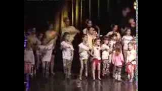 Repeat youtube video Beocin, 23 decembar 2013 ; ,,City dance studio,, Novogodisnji koncert u Beocinu~1