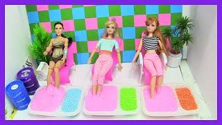 Barbie & Ken Làm Nhân Viên Mát Xa (Tập 6) Barbie Bị Bong Gân Khi Tập Yoga - Wonder Women  Spa Slime