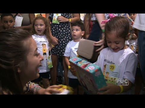 TV PUC-Rio: BQ do Bem transforma o Natal de crianças do Vidigal