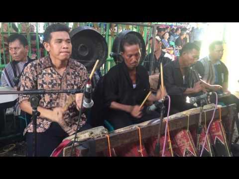 Mangampu Tua Musik Medan