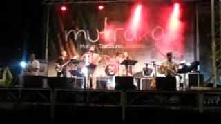 Mutraka - Occhi turchini - live Moschetta di Locri 09/08/2014