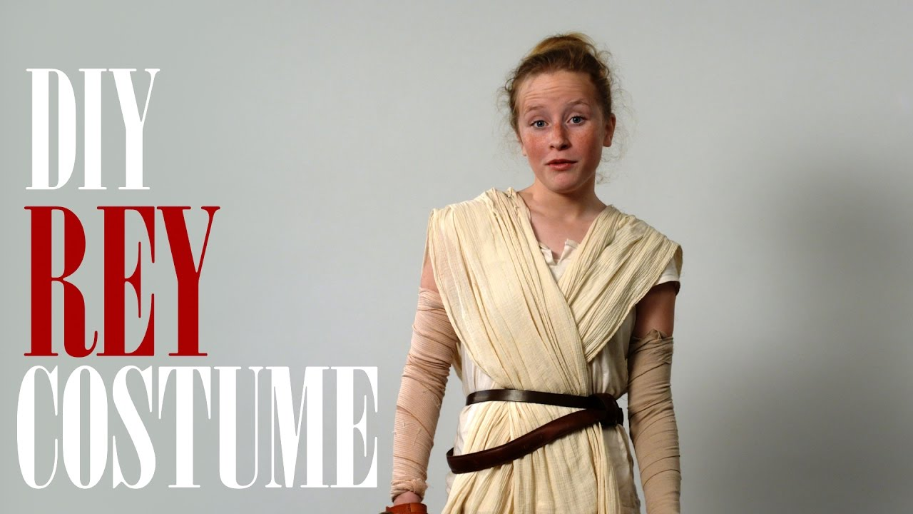 Annas diy rey costume for star wars spoof youtube annas diy rey costume for star wars spoof solutioingenieria Choice Image