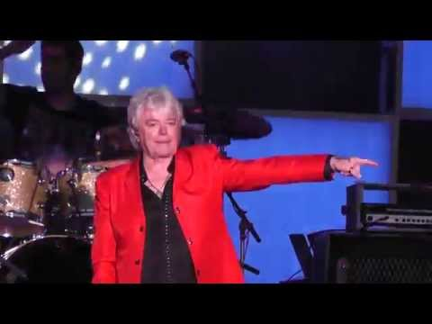 """Air Supply - """"Sweet Dreams"""" (Live At The PNE Summer Concert Vancouver BC August 2014)"""