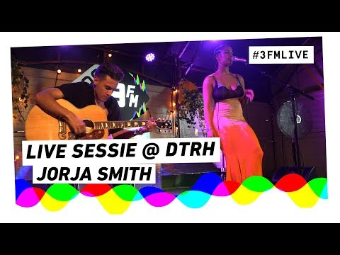 Jorja Smith - On Your Own | Live sessie op Down The Rabbit Hole 2018