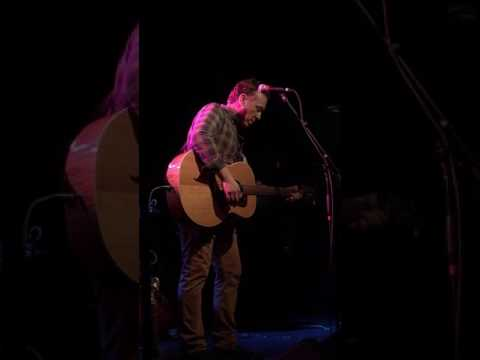 Bill Janovitz - Taillights Fade (Live at The Paradise 3-18-17)