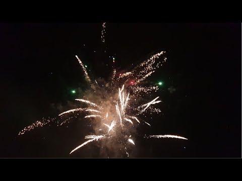 silvester---feuerwerk---jahreswechsel-2019---2020-|-philipp
