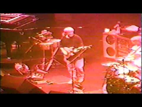 1996-11-11 - Van Andel Arena - Set One