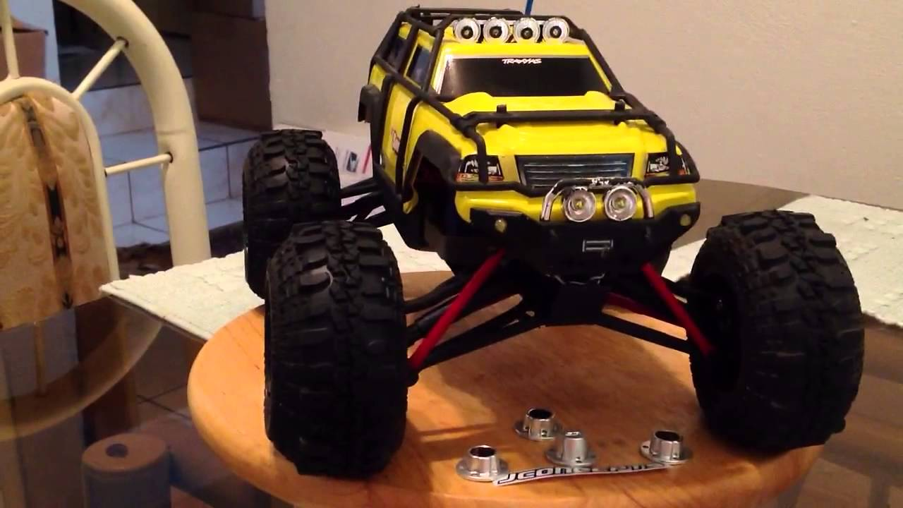 All Terrain Tires >> Traxxas 1/16 Scale Summit VXL tire and wheel upgrade - YouTube