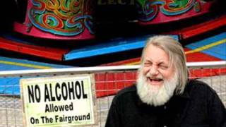 Watch Robert Wyatt You You video