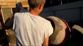 арболит своими руками(Как самостоятельно залить дом из арболита., 2014-10-31T14:53:21.000Z)