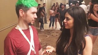 I SPILLED MY DRINK ON JACKSEPTICEYE? - VidCon Vlog - AZZYLAND