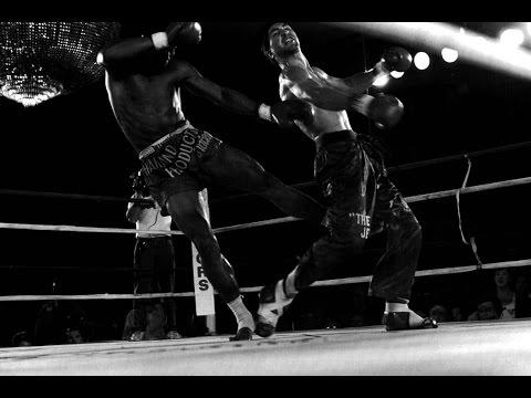 Changpuek Kiatsongrit (Muay Thai) vs Rick Roufus (American Kickboxing) - 1988-11-05 (Remastered)