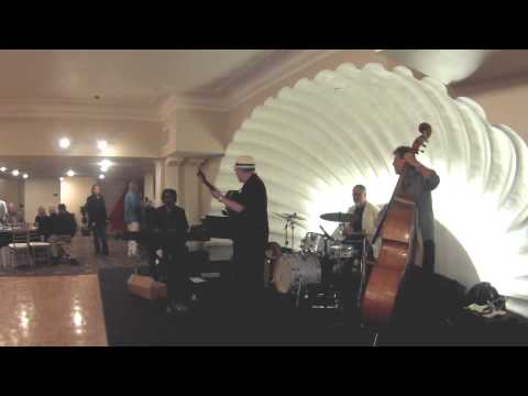 Jaime Valle - Live at The Lafayette Hotel 2015-02-05 - Set II, Track 1