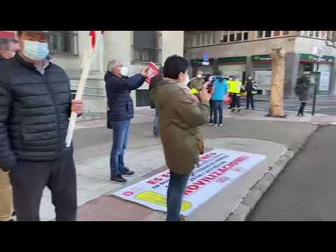 Concentración de protesta de los trabajadores de Correos