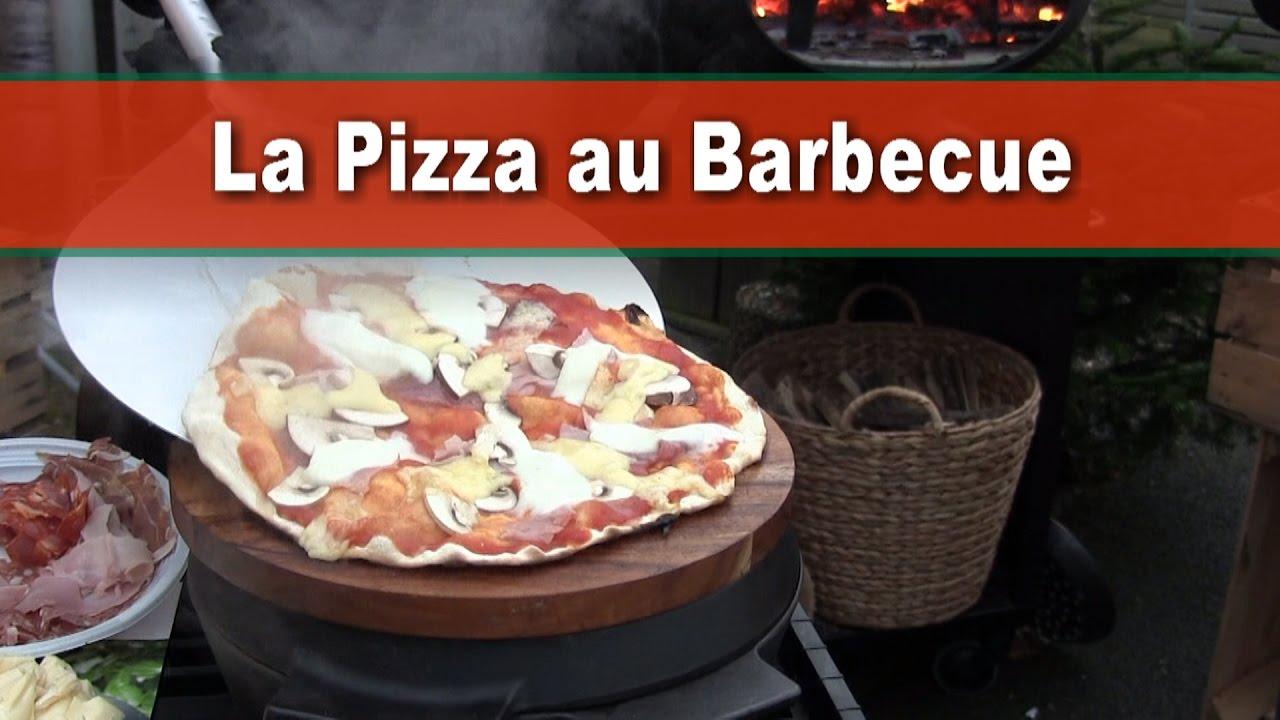 la pizza au barbecue avec le barbecue morso forno. réaliser une