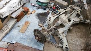 Ремонт задней ходовой части на Nissan R'nessa