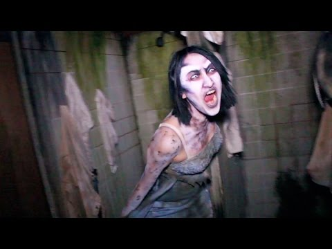 Lullaby Haunted House Maze Walk Through AWESOME Queen Mary Dark Harbor Halloween 2015