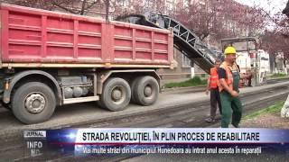 STRADA REVOLUTIEI, IN PLIN PROCES DE REABILITARE