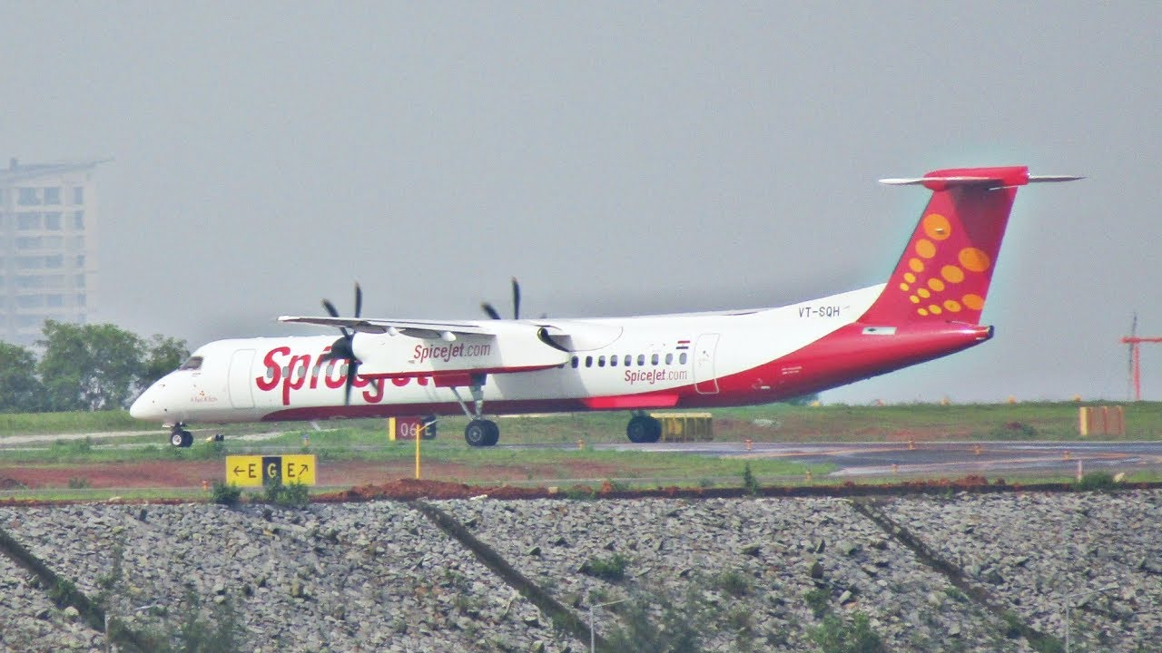 Spicejet Bombardier Dash 8 Q400 | Mangalore Airport