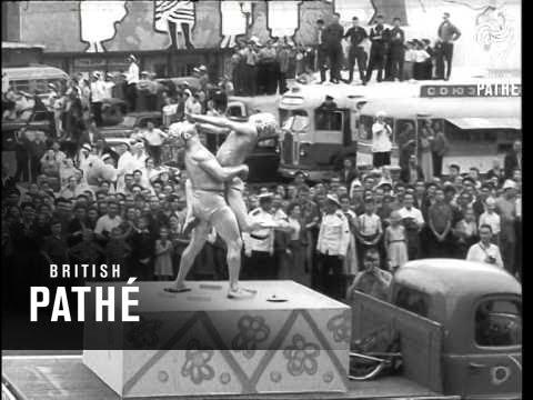 Moscow The Festival City - Circus Cavalcade (1957)