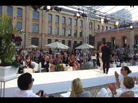 Guido Maria Kretschmer Showroom : guido maria kretschmer show bei der berlin fashion week ~ Watch28wear.com Haus und Dekorationen