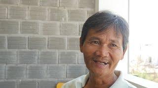 THE COOLEST MAN IN VIETNAM - Hoa