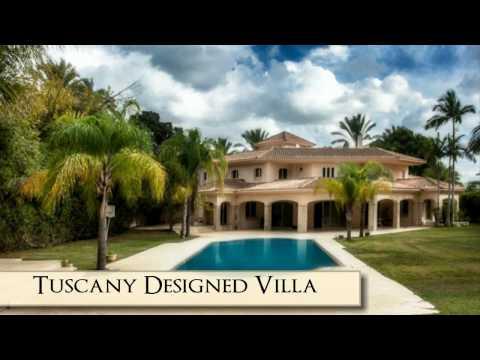 Luxury Tuscan Mansion in Kfar Shmaryahu, Israel