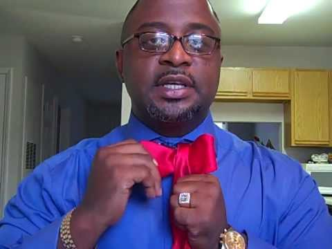 How to tie a bow tie youtube how to tie a bow tie ccuart Image collections