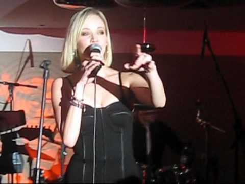 Jelena Rozga u Frankfurtu (1)