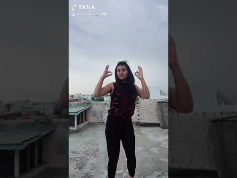 Nakhre Te Nakhra Paru Lyrics