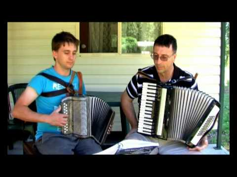 The Berlin Schottische - Outdoor Accordion Duet