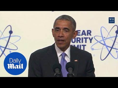Obama: Donald Trump doesn't know much about the world - Daily Mail