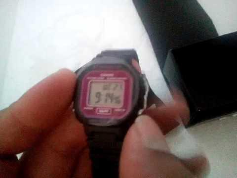 79294b06f4dd Relógio Feminino Casio LA-20WH-4ADF Preto Rosa - YouTube