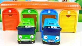 Автобус Тайо и его друг Роги - Видео для ребёнка с игрушками из мультика Tayo the Little Bus(Маленький автобус Тайо (Tayo the Little Bus) дружит с автобусом Роги, который внезапно захотел стать скоростным..., 2016-03-29T14:01:09.000Z)