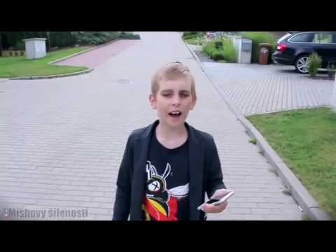 Песня про покемон гоу поет мальчишка