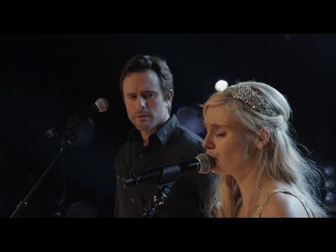 Nashville On The Record - Clare Bowen and Chip Esten Sing