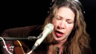 "Dayna Kurtz - ""Not The Only Fool In Town"" (Live at WFUV)"