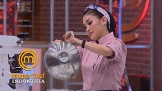 Download Video MASTERCHEF INDONESIA - Chef Karen Demo Masakan di Pressure Test | Gallery 13 | 26 April 2019 MP3 3GP MP4