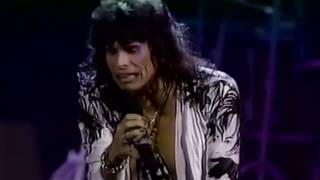 Video Aerosmith   Love In An Elevator Live From The 1990 MTV VMAs download MP3, 3GP, MP4, WEBM, AVI, FLV November 2018