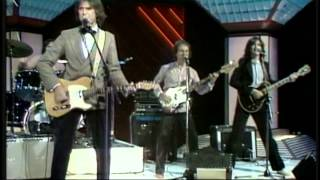 "The KinKs ""Life On The Road""  (Live Video)"