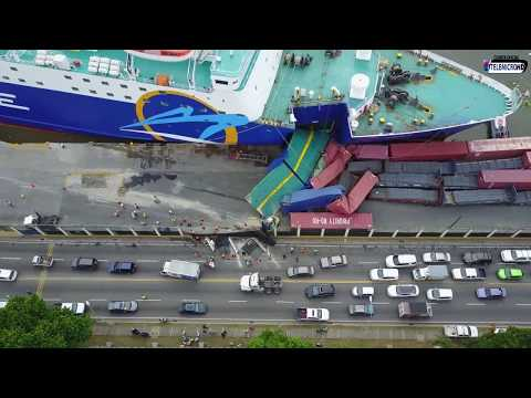 Impactante!! Momento del Accidente del Barco de Ferries del Caribe con (Vista Aerea)
