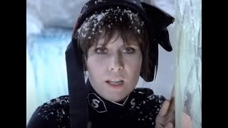 The Pretenders - 2000 Miles (Official Music Video)